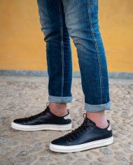 Prima-sneaker-in-pelle-blu-estate-2020-2739